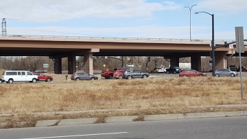photo of neighborhood traffic off i-25