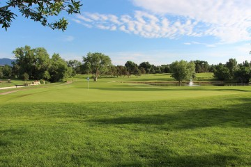 Fairway and green at Patty Jewett golf course